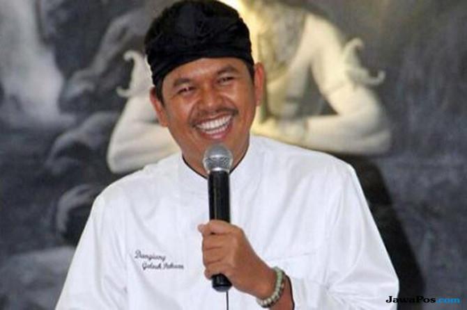 Elite Golkar: Dedi Muslim yang Taat, Bukan Sunda Wiwitan!