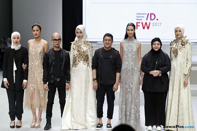 Empat Tampilan Makeup Menawan dalam Indonesia Fashion Week 2017