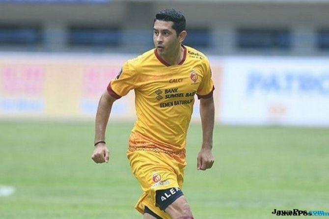 Esteban Vizcarra Persib Bandung Sriwijaya Fc Liga