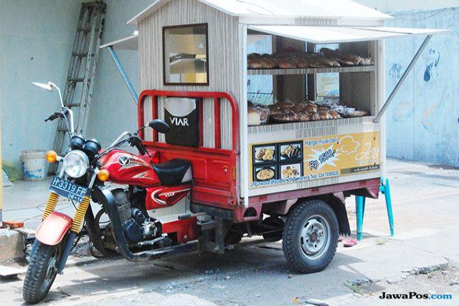 Etalase Portabel, Siap Diajak Mengejar Konsumen