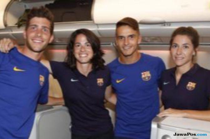 Fans Barcelona Protes Tim Perempuan Naik Pesawat di Kelas Ekonomi