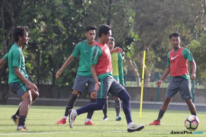 Evan Dimas Darmono, Timnas Indonesia, Selangor FA, Malaysia