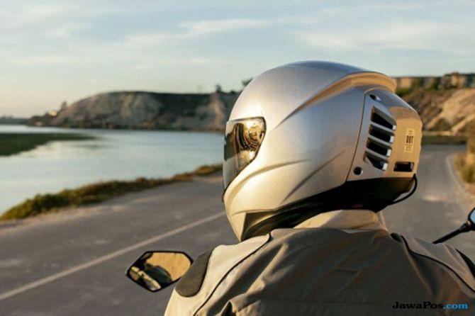 Feher ACH-1: Helm Berpendingin AC Pertama di Dunia