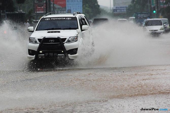 Fenomena Alam, 3 Wilayah di Jabodetabek Dilanda Hujan Es