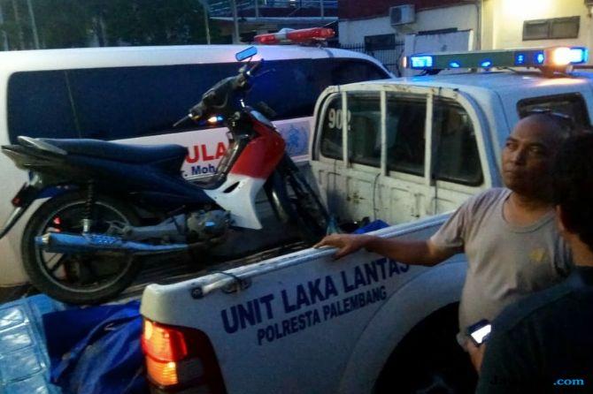 Gagal Menyalip, Prayitno Tewas Terlindas Truk Pengangkut Pasir