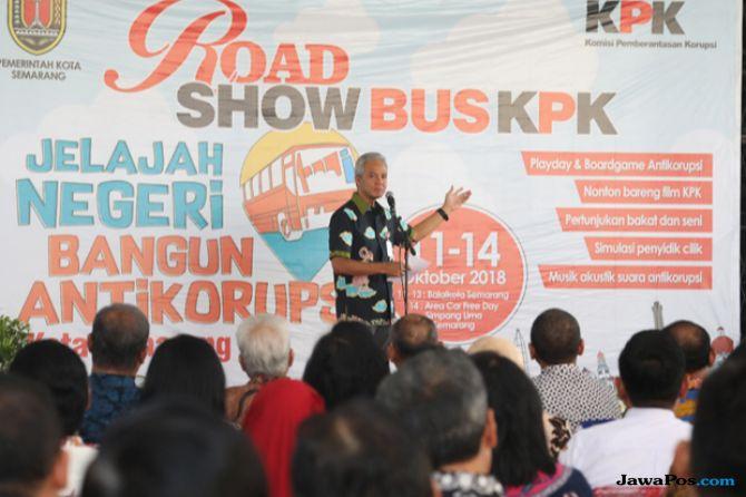 Ganjar Minta Para Guru di Jawa Tengah Selipkan Pendidikan Antikorupsi
