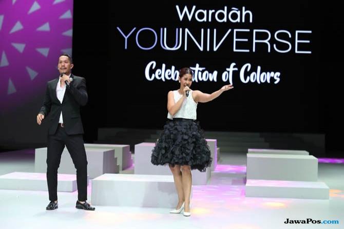 Gaya Monokrom Maliq & D'Essentials Guncang Panggung Indonesia Fashion Week