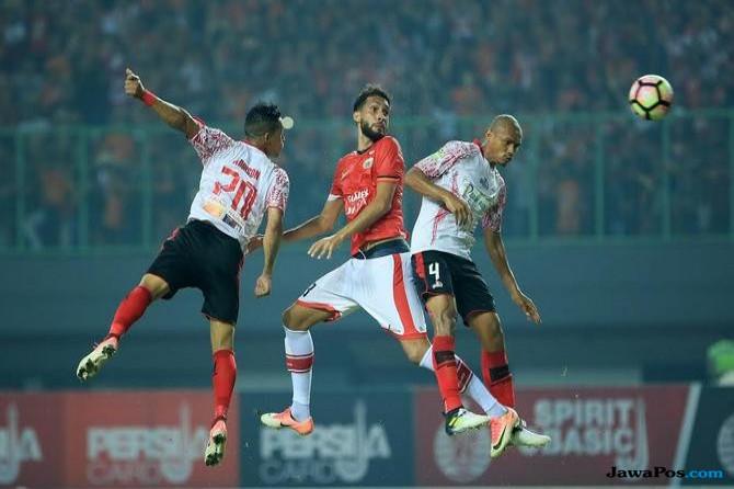 Willian Pacheco, Persija Jakarta, Liga 1, Gede Widiade,