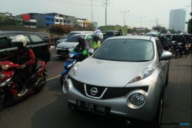 Gelar Razia, Petugas Gagal Jaring Mobil Mewah yang Belum Bayar Pajak