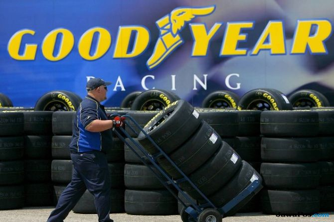 Goodyear Berinovasi Ban Balap Untuk NASCAR