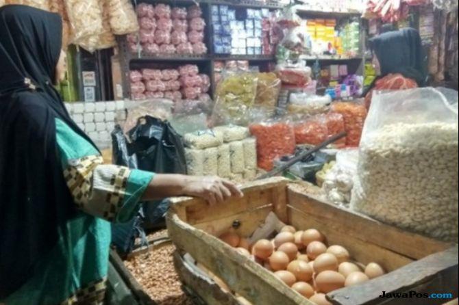 Harga Telur dan Daging Ayam Meroket di Kota Bandung
