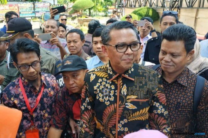 Hari Pertama Menjabat Gubernur, Ini Yang Dilakukan Nurdin Abdullah