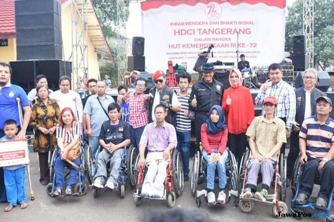 HDCI Bagikan Kaki Palsu Gratis di Hari Kemerdekaan