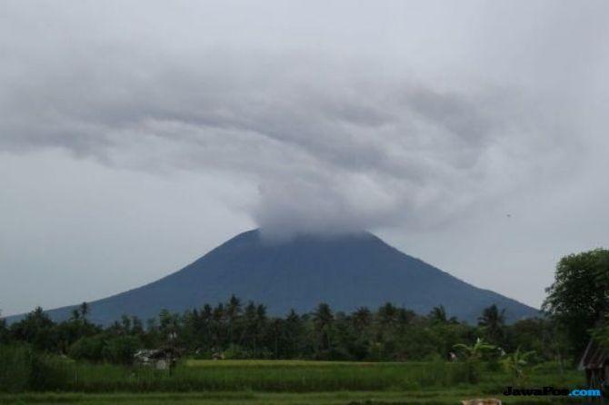 Hoax Gunung Salak Erupsi, BNPB: Kalau Mau Meletus Ada Tanda-tandanya