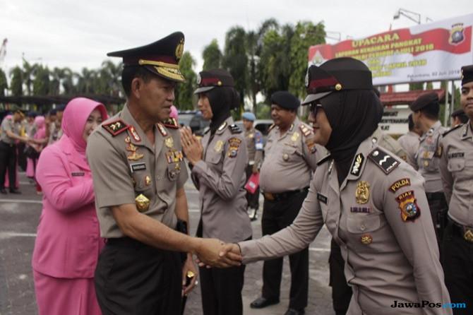 HUT Bhayangkara Ke-72, 391 Personel dan ASN Polda Riau Naik Pangkat