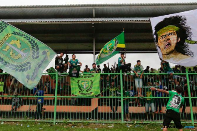 Persebaya Surabaya, Arema FC, Liga 1 2018, Bonek