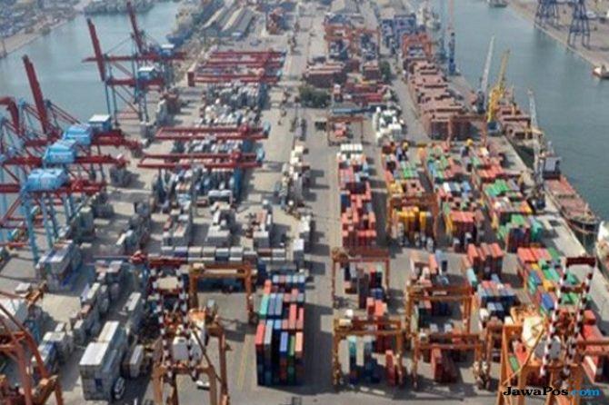 IPC Uji Coba Buffer Pelabuhan Tanjung Priok