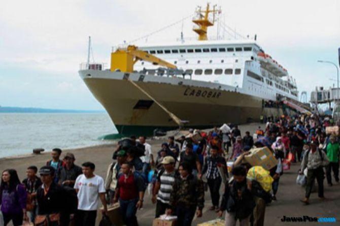 Jalur Darat Terputus, Pertamina Kirim Bantuan Lewat Laut ke Palu