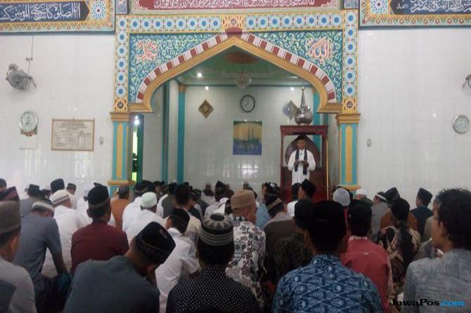 """Jemaah Salat Idul Fitri Diajak Jadi """"Manusia"""" Sebenarnya"""