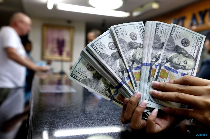 Jeritan Hati Pengusaha di Tengah Melemahnya Rupiah: Kurangi Profit