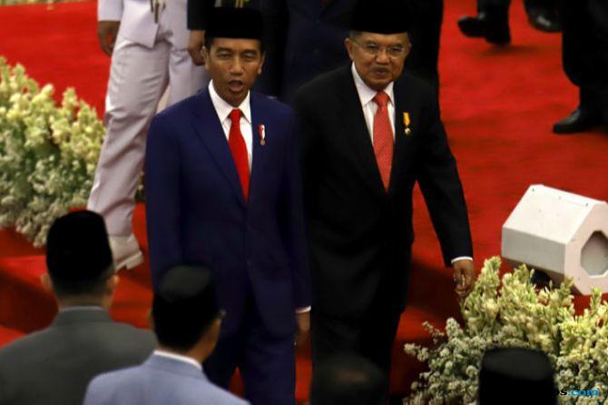 Jokowi Minta Impor Ditekan, Nasib Pertamina di Tangan Menteri Rini