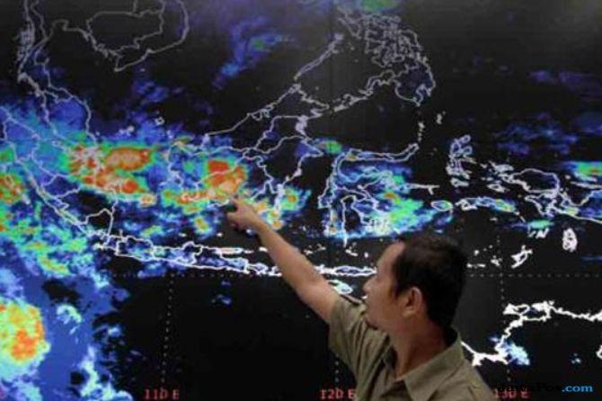 Karhutla dan Banjir Mengintai, Sumbar Waspada Anomali Cuaca