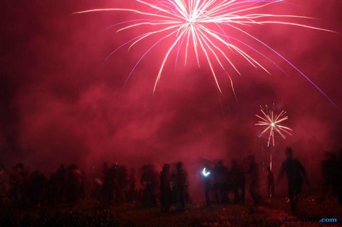 Pesta Kembang Api