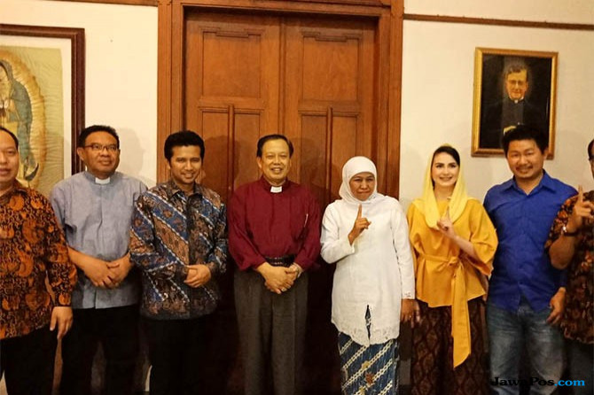 Keuskupan Surabaya Titip Program Kesehatan ke Khofifah-Emil