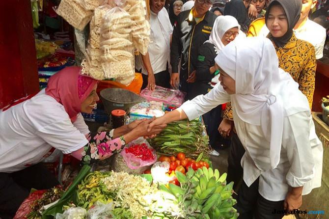 Khofifah Sering Blusukan ke Pasar, Begini Penilaian Pengamat