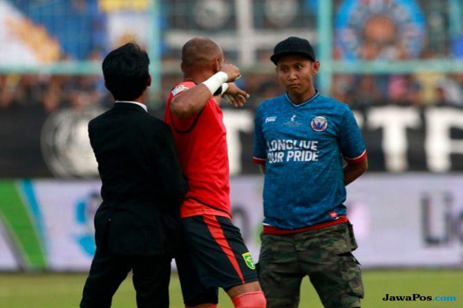 Persebaya Surabaya, Bonek, Aremania, Arema FC, Liga 1 2018, Alfonsius Kelvan