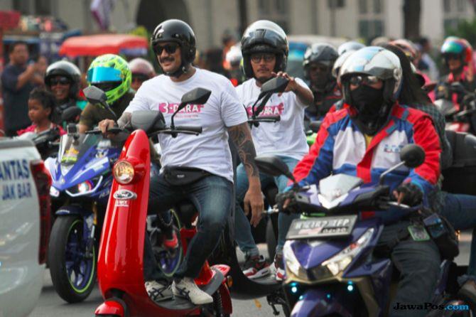 Konvoi Motor Bersama Emak-emak, Tora Sudiro Diganjar Rekor MURI