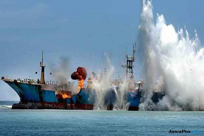 Langgar Izin Penangkapan Ikan, KKP Tenggelamkan 127 Kapal Pada 2017