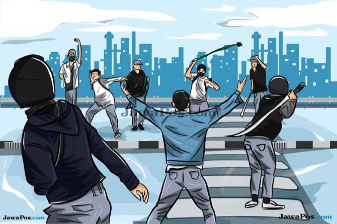 Lepaskan Anak Panah, Dua Kelompok Pemuda Saling Serang