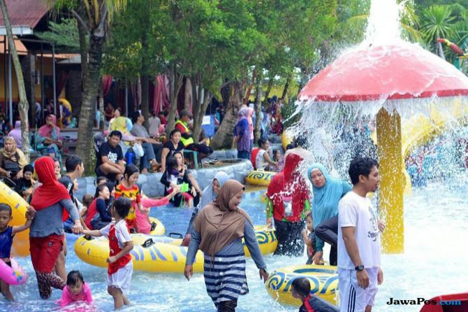Libur Lebaran, Warga Palembang Serbu Wisata Air