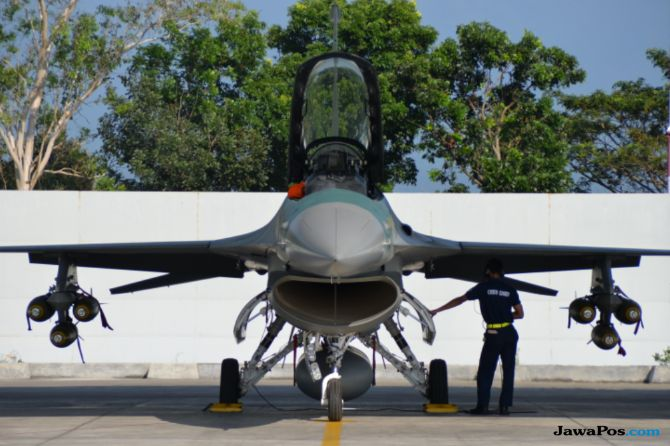Lima Pesawat Tempur Amankan Pertemuan IMF di Bali