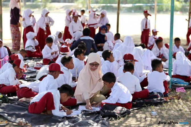 Lombok Bangkit, Guru Korban Gempa Diberi Tunjangan Selama 6 Bulan