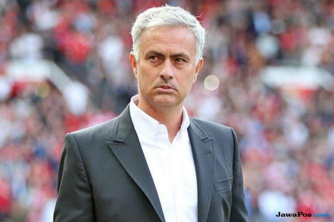 Mourinho Harus Berhenti Mengeluh!