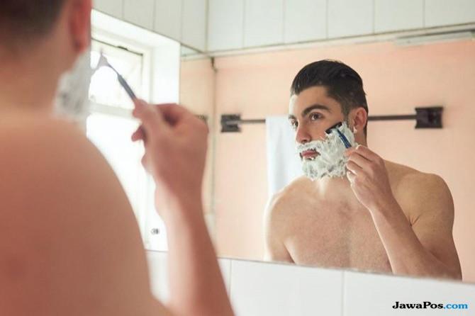 Muka Mulus Tanpa Jenggot dan Bewok? 4 langkah Ini Wajib Dilakukan Pria