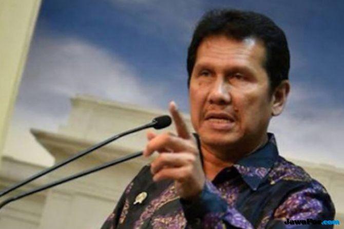 Mundur dari Men-PANRB, Asman Abnur Tak Ingin Jadi Beban Jokowi