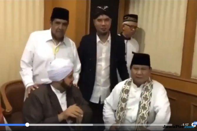 Narasi Keliru Pertemuan Prabowo dengan Habib Syekh