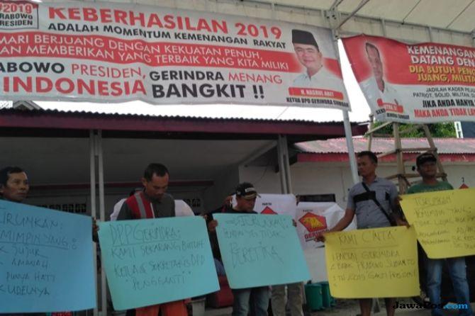 Nasrul Abit Tanggapi Santai Desakan Kader dan Nyatakan Siap Mundur