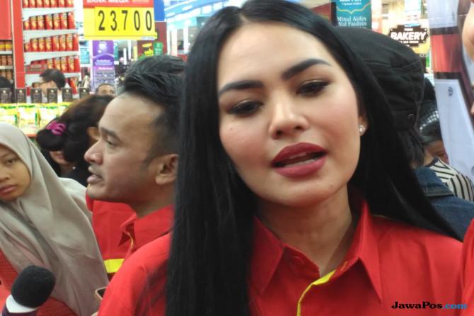 Ngomong Soal Kawin, Kartika Putri: Pelan-Pelan Mas..