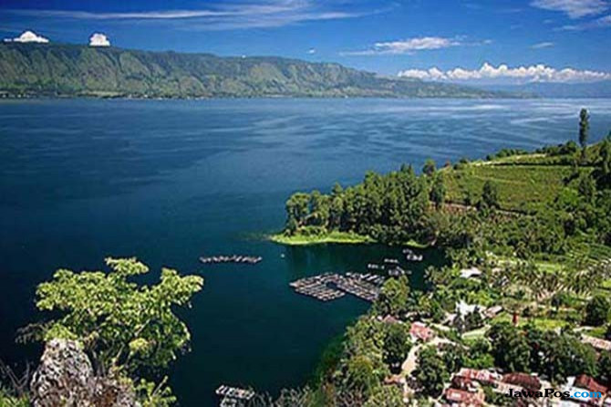 Oktober, Turis Mancanegara Makin Mudah Ke Danau Toba