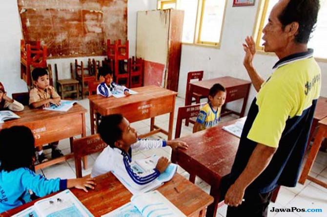 Pak Jokowi Tolong dong, Daerah Ini Butuh 3736 Guru