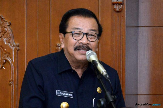 Pakde Karwo Dikabarkan Pindah Nasdem: Mana Mungkin