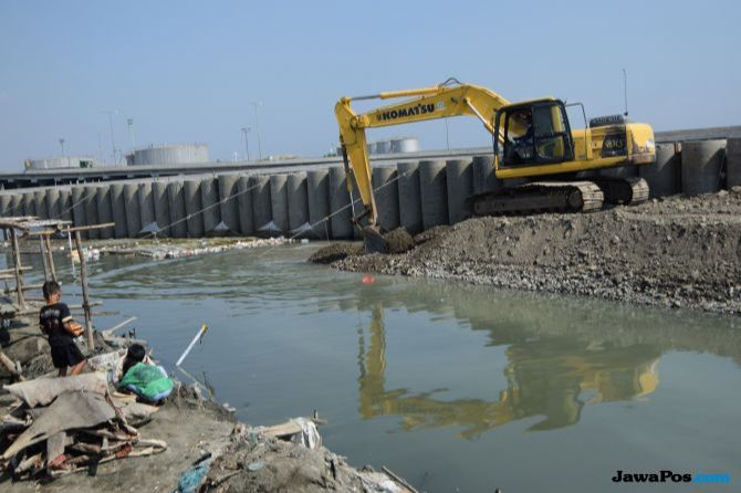 Pembangunan NCICD dan Pengerukan Waduk, Upaya Penanggulangan Banjir