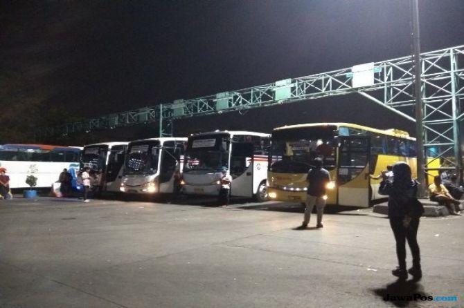 Pemudik yang Menggunakan Bus Pilih Perjalanan Malam Dibanding Siang