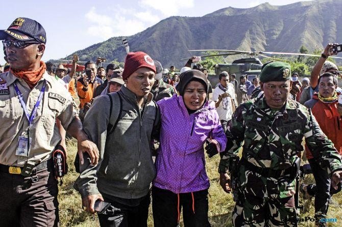 Pengalaman Dramatis Pendaki Terjebak di Gunung Rinjani (1)