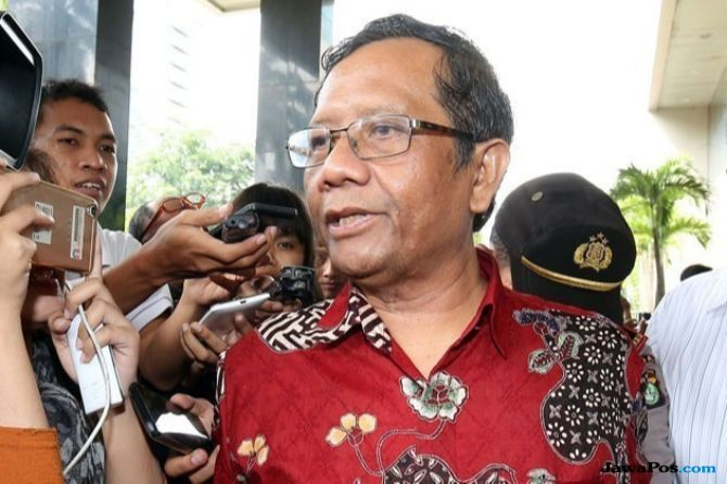 Pengamat: Jokowi Harus Yakinkan PBNU dan PKB Jika Ingin Gandeng Mahfud