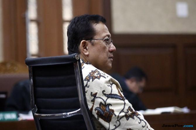 Pengganti Irman Gusman Menunggu Waktu Masuk ke Senayan